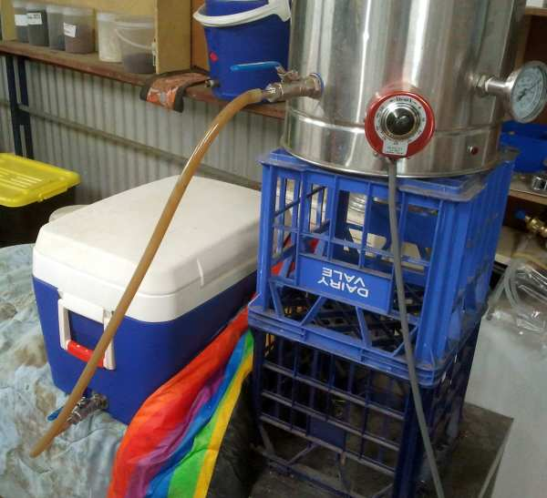 Filling the mash tun by underletting